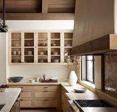 Beige is Back! Home Decor Kitchen, Interior Design Kitchen, Home Design, New Kitchen, Home Kitchens, Design Ideas, Kitchen Ideas, Warm Kitchen, Neutral Kitchen