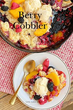 Potluck Recipes, Dessert Recipes, Drink Recipes, Summer Desserts, Easy Desserts, Berry Cobbler, Dutch Oven Recipes, Cooking On The Grill, Meals For The Week
