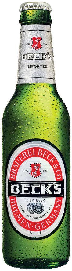 BECK'S Cerveza alemana tipo pale lager con poca espuma de color  amarillo pálido, Es muy refrescante. Alcohol 5%
