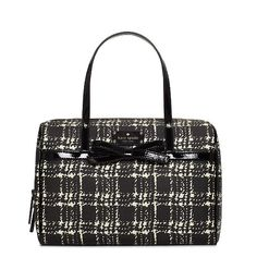 I love this purse. I want Santa to bring it to me.