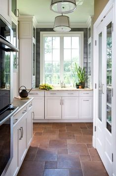 FLOORS and white cabinets -Contemporary Kitchen Design Ideas with Brown Stone Tiles Floors Kitchen Renovation in Economical Way: Kitchen Floor Renovation Ideas Kitchen Tiles, Kitchen Flooring, New Kitchen, Kitchen Dining, Kitchen Decor, Kitchen White, Narrow Kitchen, Design Kitchen, Kitchen Windows