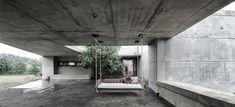 bedecktes erdgeschoss wohnhaus stein mit moderner architektur
