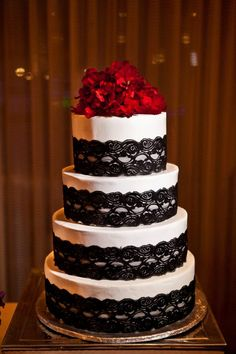 Stunning Red and Black Wedding Cake http://zonascottsdale.com/weddings/