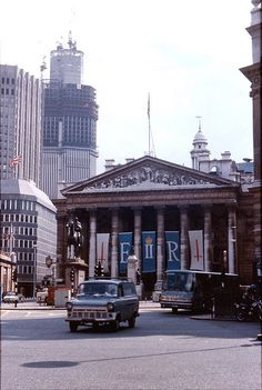 Royal Exchange London 1977 - Uncompleted Natwest Tower (Architect Richard Siefert), now Tower 42 in the background.