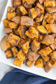 Garlic Thyme Crispy Sweet Potatoes are an easy, yummy side dish! Perfectly roasted potatoes get baked in the oven. They're paleo, Whole30 friendly Crispy Sweet Potato, Sweet Potato Recipes, Roasted Sweet Potatoes, Sweet Potato Side Dish, Vegetable Recipes, Vegetarian Recipes, Healthy Recipes, Whole30 Recipes, Vegetarian Dinners