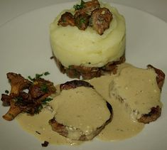 Meals, Cookies, Filets, Desserts, Olives, Food, Meal Ideas, Bon Appetit, Cooking Recipes