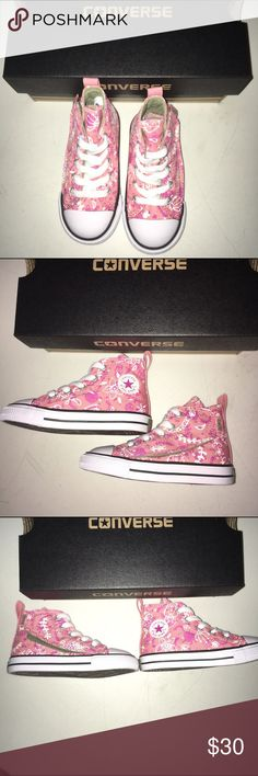 Converse Chuck Taylor Shoes NWT Size 7 Converse Chuck Taylor Shoes NWT Size 7 Converse Shoes Sneakers