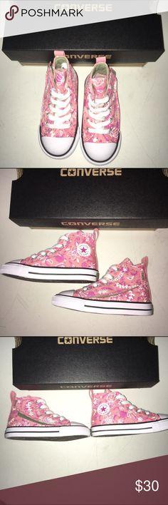 Converse Chuck Taylor Shoes NWT Size 7 Converse Chuck Taylor Shoes NWT Size 7 Converse Shoes Sneakers