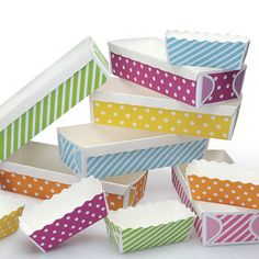 Great for holidays and party baking presents or favors.    Paper Baking Cases & Candy Containers