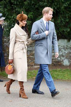 Первый совместный выход Кейт Миддлтон и Меган Маркл: королевская семья на рождественской службе, HELLO! Russia