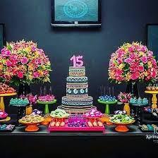 Resultado de imagem para decoração de mesa neon