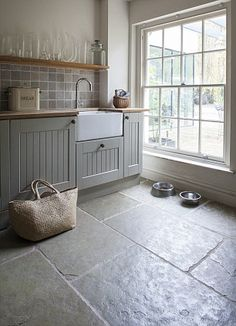 Jaipur brushed limestone floor tiles by Mandarin Stone...