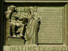 Su una delle porte bronzee del Duomo di Milano, lo scultore Arrigo Minerbi celebrò nel 1948 l'editto del 313, generalmente considerato l'inizio della storia gloriosa del cristianesimo: in realtà Costantino e Licinio intendevano garantire la libertà di culto pubblico a tutte le religioni dell'impero perché nessuna entità divina perdesse l'occasione di essere propizia a Roma