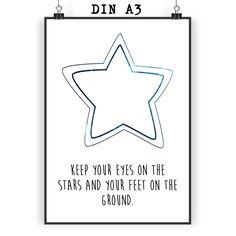 Poster DIN A3 Stern aus Papier 160 Gramm  weiß - Das Original von Mr. & Mrs. Panda.  Jedes wunderschöne Motiv auf unseren Postern aus dem Hause Mr. & Mrs. Panda wird mit viel Liebe von Mrs. Panda handgezeichnet und entworfen.  Unsere Poster werden mit sehr hochwertigen Tinten gedruckt und sind 40 Jahre UV-Lichtbeständig und auch für Kinderzimmer absolut unbedenklich. Dein Poster wird sicher verpackt per Post geliefert.    Über unser Motiv Stern  Sterne sind nicht nur aus der Astrologie…