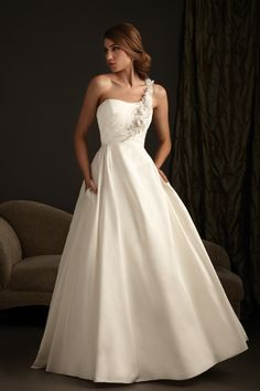 Amazing One shoulder wedding gowns and dresses are the new trend See one shoulder wedding photos and wedding gown designs Import wedding gowns and dresses