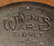 one of the many markings on the bottom of a wagner cast iron skillet Cast Iron Skillet Cooking, Cast Iron Frying Pan, Iron Skillet Recipes, Cast Iron Pot, Cast Iron Stove, Cast Iron Dutch Oven, Cast Iron Recipes, It Cast, Frying Pans