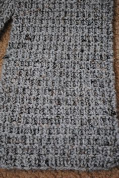 Thermal Tweed Scarf - Another scarf pattern.I think I'm obsessed. Mens Knitted Scarf, Knitted Shawls, Crochet Scarves, Men's Scarves, Scarf Knit, Crochet Quilt, Knit Or Crochet, Crochet Hats, Knitting Help