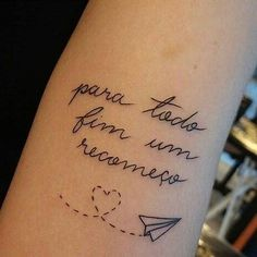+ From 100 Tattoos of Writing Tattoos for you to be inspired . + From 100 Pictures of Writing Tattoos for you to get inspired! Cute Small Tattoos, Trendy Tattoos, Tattoos For Women, Colorful Tattoos, Neue Tattoos, Body Art Tattoos, Tatoos, Music Tattoos, Tattoo Life