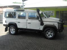 Land Rover Defender puma 110 sw (station-wagon)
