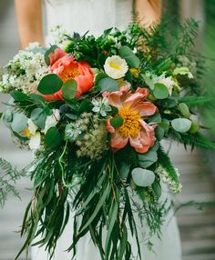 Loose, whimsical peony bouquet