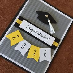 graduation cards Graduations will be here soon. Get your cards now! Cricut Cards, Stampin Up Cards, Tarjetas Diy, Graduation Diy, College Graduation Cards Handmade, Graduation Scrapbook, Preschool Graduation, Theme Noel, Creative Cards