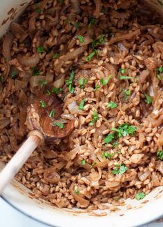 One-Pot French Onion Farro - With tender-cooked farro grains and French onion flavors, this easy one-pan favorite is like a cross between risotto and French onion soup. Serve with Gruyere-topped crostini and a fresh sprig of thyme and we're talking swoon-city. For a vegan version, just omit the gruyere - still absolutely delicious!