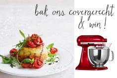 Een soufflé is perfect in al z'n ogenschijnlijke eenvoud. Maar het kan nóg beter: een dubbelgebakken soufflé! Zo krijgt het ultralichte voorgerecht een dun, goudbruin korstje dat perfect past bij zoete tomaten. En als je de soufflés deze pasen bakt, maak je ook nog eens kans op een KitchenAid in jouw favoriete kleur. Hoe? Lees …