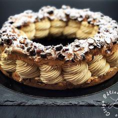 Paris Brest, Beaux Desserts, Fun Desserts, Petits Desserts, Thermomix Bread, Choux Pastry, Beautiful Desserts, Bread Cake, Cake Recipes