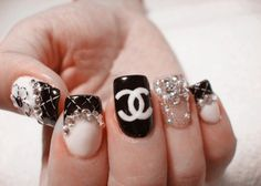 Nail Ideas Tumblr | kind of in love with these nail designs.