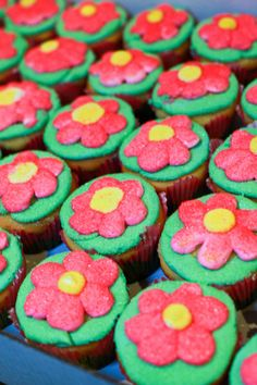 Perfect springtime cupcakes. Photo Credit: Gabrielle Orcutt Photography