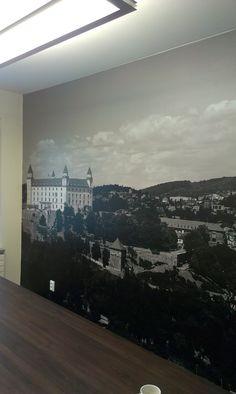 Dekorácia v podobe tapety na stenu