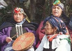 Mapuche people of Chile Chile, Southern Cone, Native American Genocide, Anthropologie, Art Gallery, Art Premier, Silver Work, City Girl, Craft Patterns