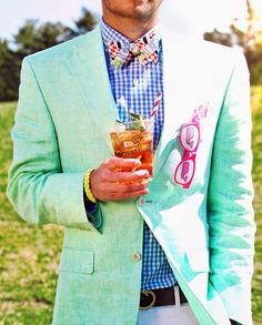 Kentucky Derby Mens Outfit Idea off to the races der attire kentucky der fashion Kentucky Derby Mens Outfit. Here is Kentucky Derby Mens Outfit Idea for you. Kentucky Derby Mens Outfit vineyard vines guide to the kentucky der. Visual Kei, Kentucky Derby Fashion, Kentucky Derby Mens Attire, Kentucky Derby Menswear, Derby Attire, Classy Girl, Derby Day, Suit And Tie, Well Dressed Men
