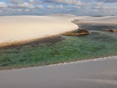 Parque Nacional dos Lençóis Maranhenses (MA), ou Rota das Emoções, está inserido no bioma costeiro marinho, sendo uma mistura dos ecossistemas de mangue, restinga e dunas.