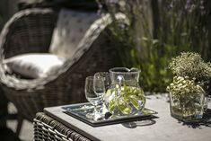 A place to feel good for the whole family Das Hotel, Feel Good, Family Family, Table Decorations, Places, Home Decor, Luxury, Decoration Home, Room Decor