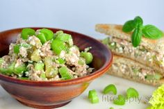 Tuna-celery salad with cottage cheese Celery Salad, Cottage Cheese, Types Of Food, Tuna, Potato Salad, Good Food, Health Fitness, Low Carb, Ethnic Recipes