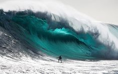 Photo of the Day: The Biggest Wave