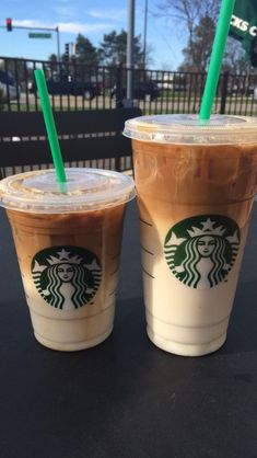 Too bad I don't drink coffee Starbucks Diy, Bebidas Do Starbucks, Healthy Starbucks Drinks, Starbucks Secret Menu Drinks, Starbucks Frappuccino, Starbucks Recipes, Starbucks Iced Coffee, Coffee Recipes, Yummy Drinks
