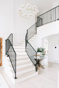 LOVE the stairs right when you walk in