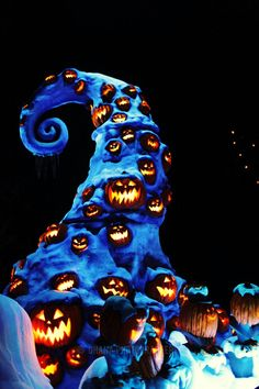 *o* jack skellington haunted mansion at #disneyland