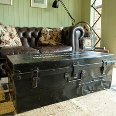 VINTAGE MILITARY TRUNK industrial WWII FOOTLOCKER metal chest COFFEE TABLE box