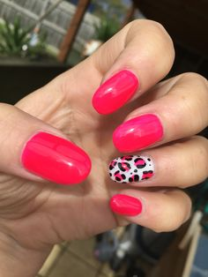 Pop of colour. Gel, gel polish and nail art hand painted