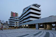 Escuela Liyuan  / Minax Architects