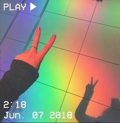 I take this photo and i think looks cool, don't judge me. Gay Aesthetic, Aesthetic Colors, Aesthetic Images, Retro Aesthetic, Aesthetic Photo, Aesthetic Pastel Blue, Aesthetic Light, Look Wallpaper, Aesthetic Iphone Wallpaper