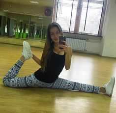 Super leggings - Sushopstyle  Only on www.sushopstyle.com #Leggings #Style #WoW #Fashion #Shop #Online #Sushopstyle #Lovers