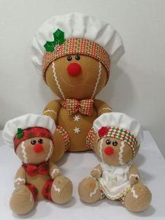 Gingerbread Christmas Decor, Disney Christmas Decorations, Gingerbread Crafts, Gingerbread Decorations, Felt Christmas, Christmas Projects, Christmas Themes, Christmas Ornaments, Felt Ornaments