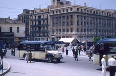 Greece Pictures, Old Pictures, Old Photos, Old Greek, Athens Greece, Public Transport, Old School, Street View, Memories