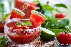 Recette bio : Gaspacho bio de tomate et pastèque à la menthe