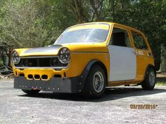 This 1972 Honda N600 is being offered for sale in Miami, Florida with an asking price of $8,500. The original engine has been replaced by a 168 horsepower inline-four and six-speed sequential from a 2006 Suzuki GSX-R1000 motorcycle.