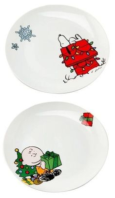 Peanuts Christmas Holiday Scenes Plate Collection. Includes Snoopy, Charlie Brown and more. Start a new Christmas tradition!